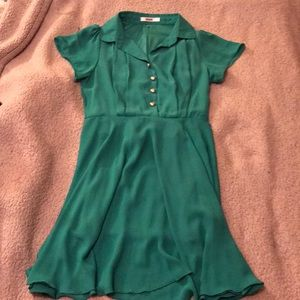Wiseme Emerald Green and Gold Collared Dress